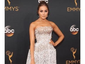 The Emmy's Red Carpet Fashion 2016