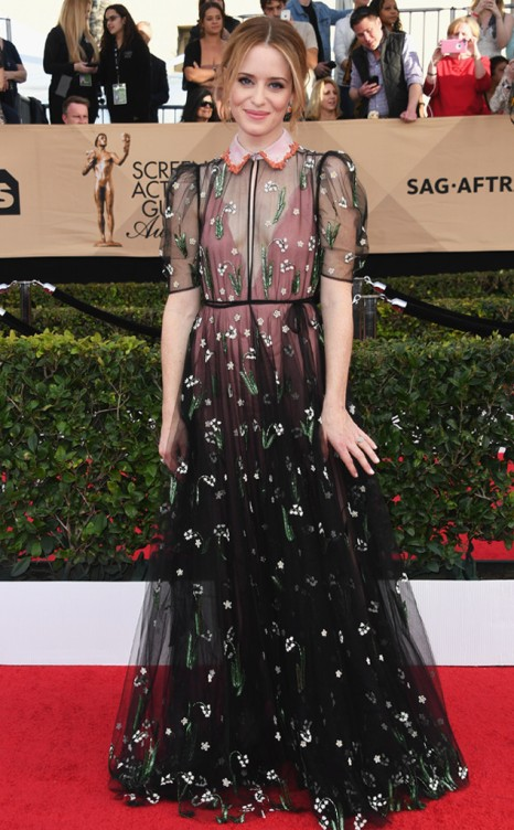 rs_634x1024-170129155542-634-2017-screen-actors-guild-claire-foy